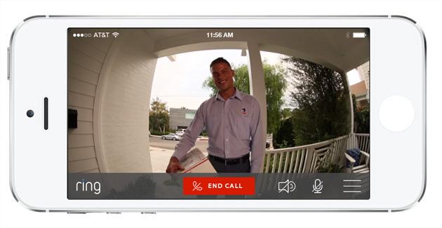 La sonnette intelligente Ring permet de discuter en direct une personne qui souhaite entrer dans votre domicile