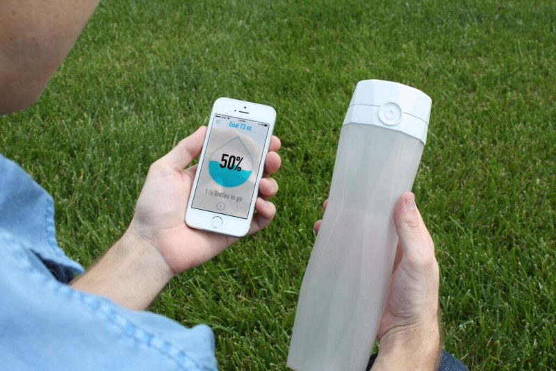 Hidrate Me - App and bottle