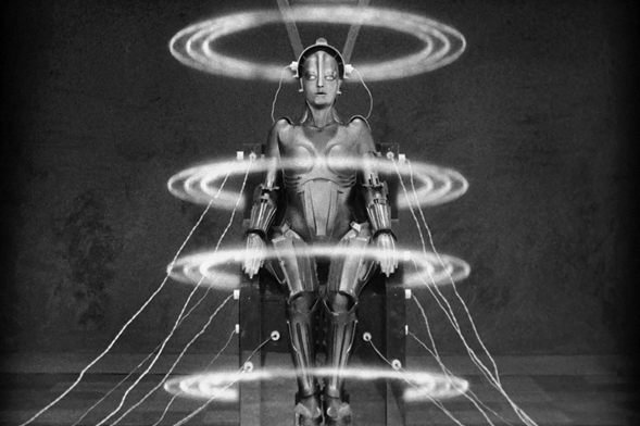 Metropolis, réalisateur Fritz Lang, 1927: vision d'une mégapole en 2026