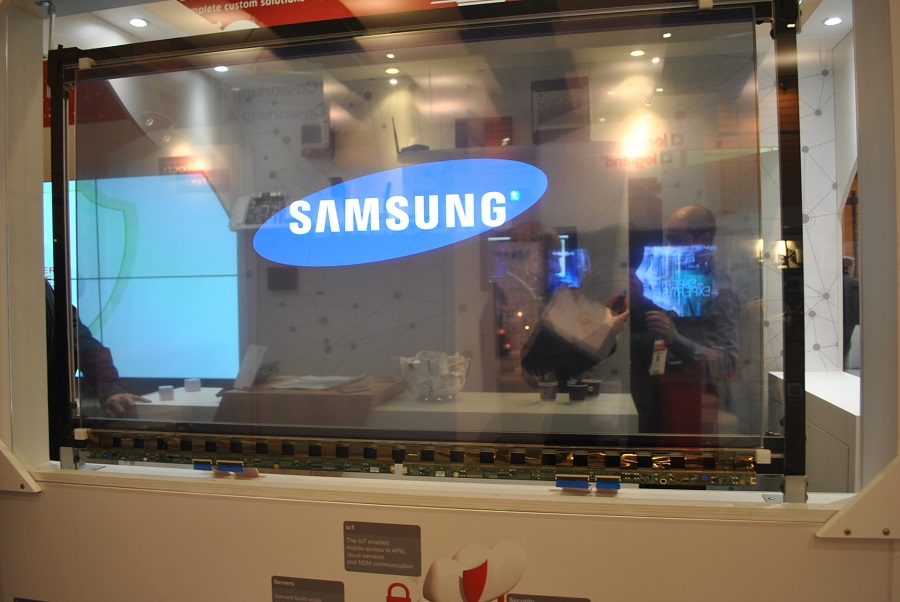 showroom samsung ecran transparent