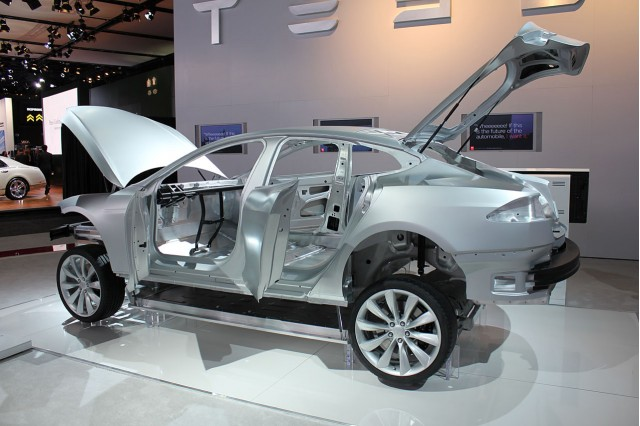 tesla model s construction