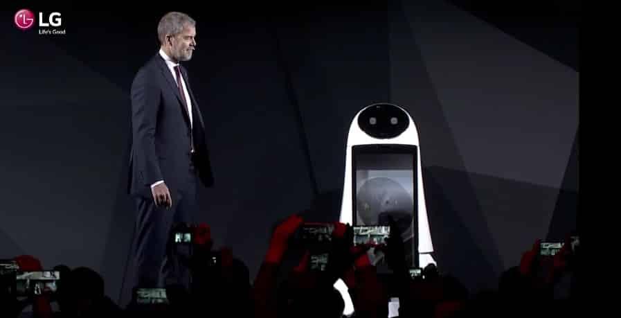 airguide robot ces 2017 hub robot