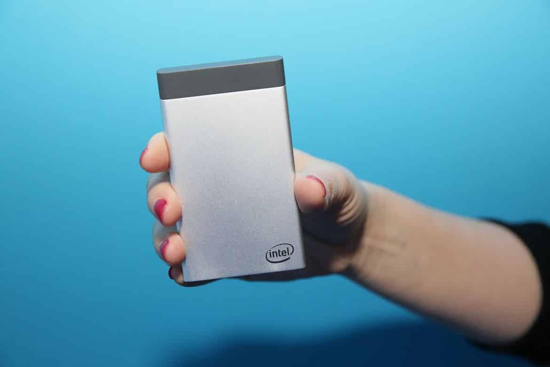 Intel vient de dévoiler Intel Compute Card, un mini PC ayant la capacité de rendre les appareils électroménager intelligents et facilitant les mises...