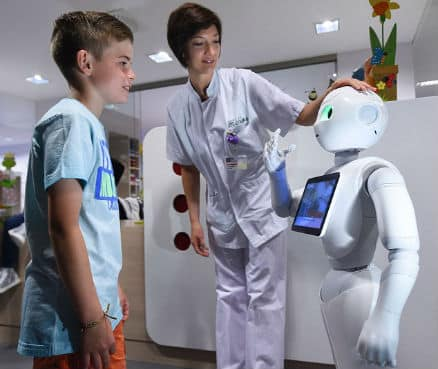 pepper-robot-hospital-children