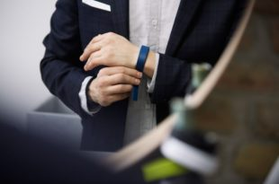 gfk wearables une