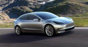 Tesla Model 3 voiture électrique berline Elon Musk