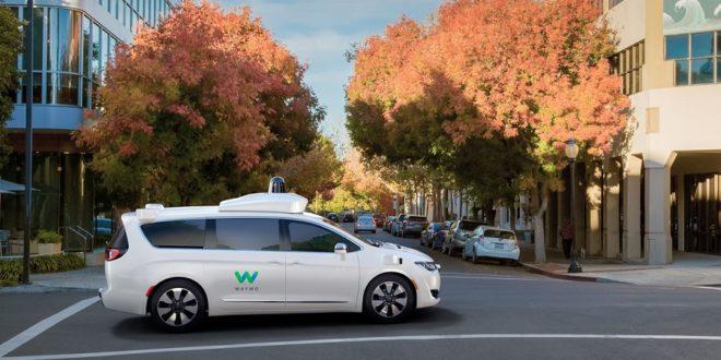 Waymo One : le service de taxis autonomes voit enfin le jour