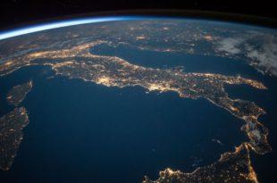 amazon monde satellite