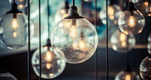 ampoules émettent de la lumière